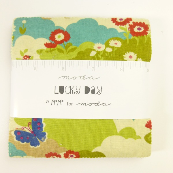 Lucky Day Charm Pack von Moda